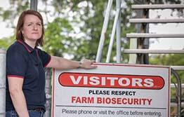Panama-TR4-Program-Leader-Rebecca-Sappupo-and-sign